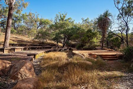 A simple bushland ampitheatre at an Australian outback tourist resort in a volcanic national park 版權商用圖片