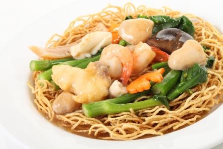 seafood noodles Standard-Bild