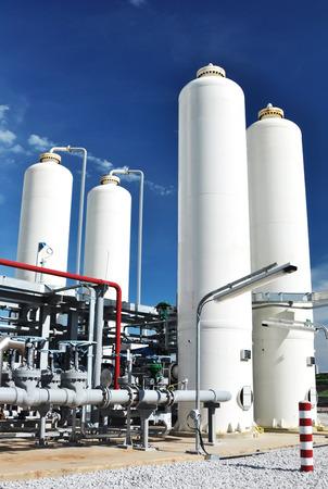 Nitrogen storage tank, Industrial storehouses Standard-Bild