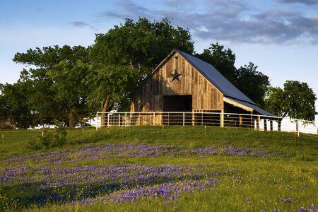 Bluebonnet Trail Barn on the Hill, Near Ennis Texas