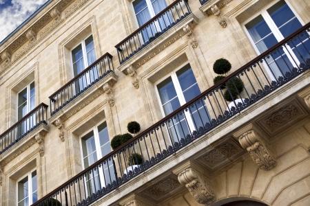Classic building in Bordeaux, France Standard-Bild