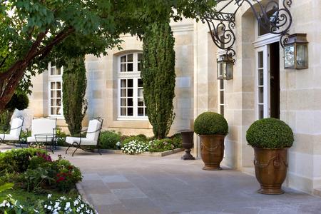Facade of a luxury French mansion Standard-Bild