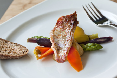 Red mullet, vegetable and bread