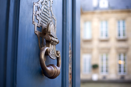 door knocker: Door and knocker of a stylish French mansion