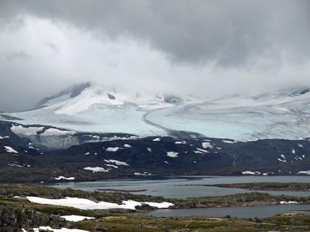 jotunheimen national park: Glacier in Jotunheimen National Park in Norway