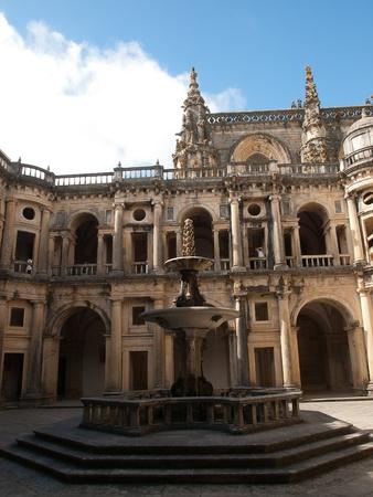 cristo: Tomar-Convento de Cristo ,cloisters