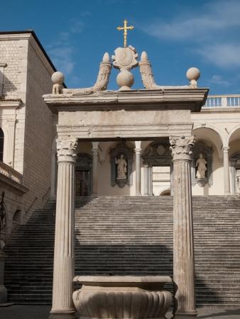 benedictine: Abad�a benedictina de Montecassino, en Italia