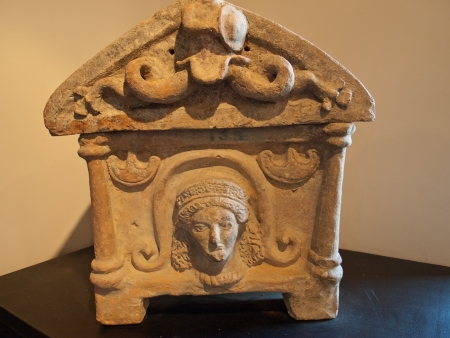 etruscan: Photo of ancient Etruscan funeral  urn
