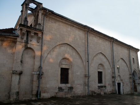 tarsus: Vista del lato nord della Chiesa di San Paolo a Tarso s