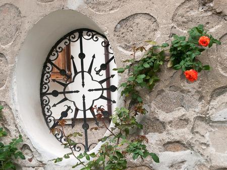rejas de hierro: decoración de ventanas con barras de hierro