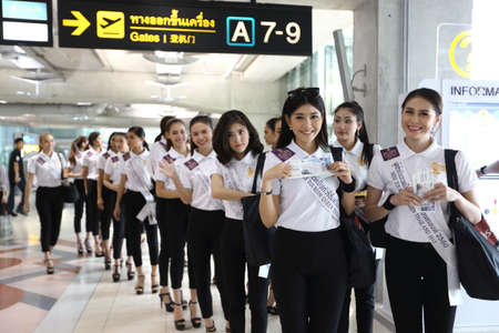 chang: Trat, Thailand - July 3, 2017 ; Camping Outting Trip of Miss Tourism Queen Thailand 2017 at Koh Chang, Trat. Airport transortation check boarding and photo session Editorial