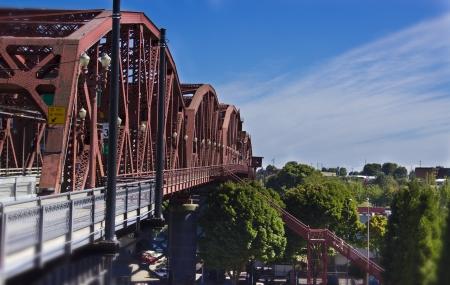 オレゴン州ポートランドでブロードウェイ橋