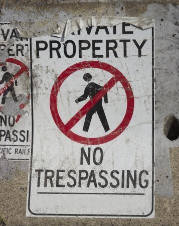 trespassing: No trespassing background