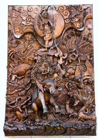 Sculptures Thai on the wall in the temple