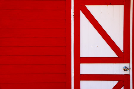 A pattern red and white door.