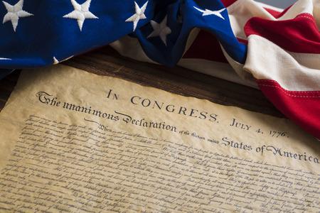 Verenigde Staten Declartion van Onafhankelijkheid met vintage vlag. 4 juli.