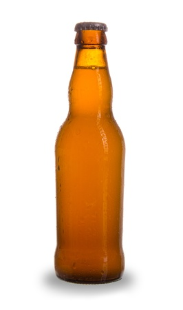 dewed: Bottle of beer, isolated on white background