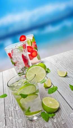 Fresh mojitos drinks photo