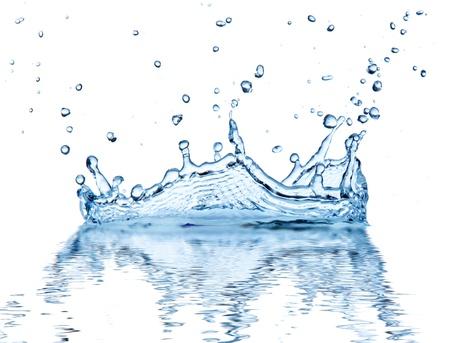 impacts: Chapoteo del agua, aisladas sobre fondo blanco Foto de archivo