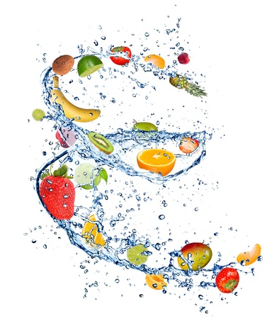 fr�chte in wasser: Rote und gr�ne �pfel in Wasser spritzen