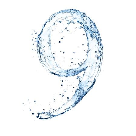 """numero nueve: El agua salpica número """"9"""" aislado sobre fondo blanco"""