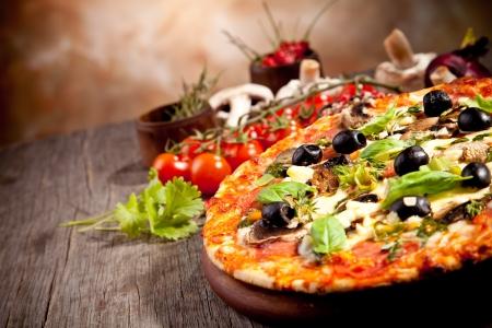 신선한 이탈리아 피자