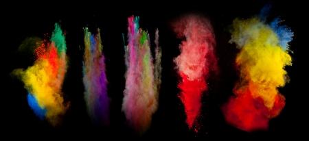 polvo: Congelar movimiento de explosi�n de polvo de color sobre fondo negro