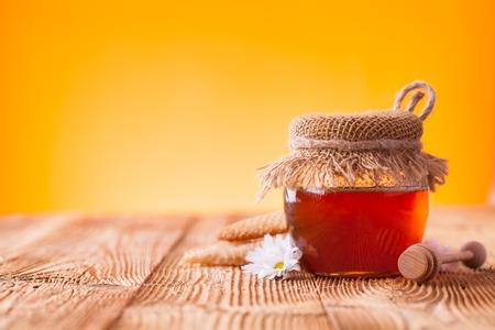 Honey still life Standard-Bild