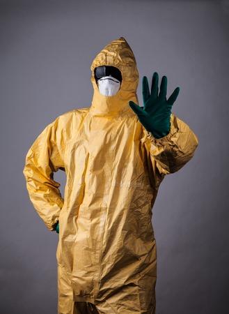 infective: Hombre Qu�mica de la mano