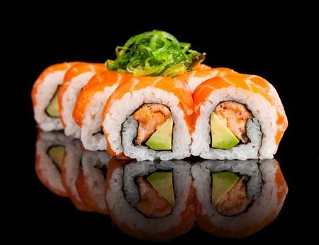 salmon ahumado: Piezas de sushi