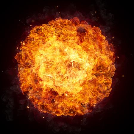 검은 배경에 고립 된 둥근 모양의 핫 화재 불길,