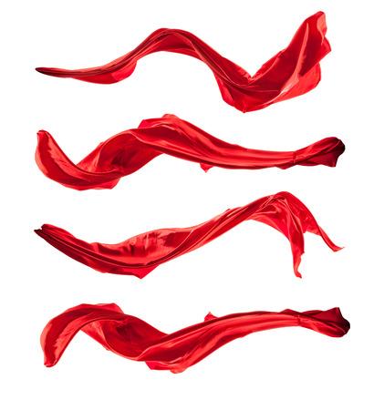 Isolierte Aufnahmen von freeze Bewegung des roten Satin, isoliert auf weißem Hintergrund