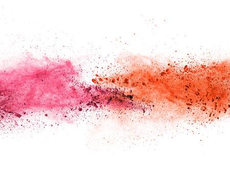 Explosie van gekleurd poeder, op een witte achtergrond