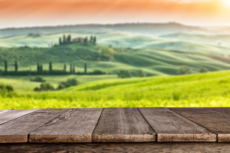 Empty wooden planks with Italian landscape on background. Ideal for product placement Stockfoto