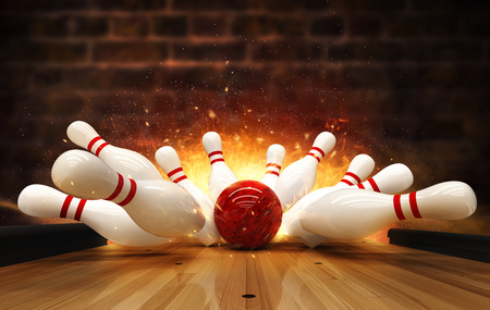Bowling strike hit with fire explosion. Concept of success and win. 版權商用圖片 - 122413968