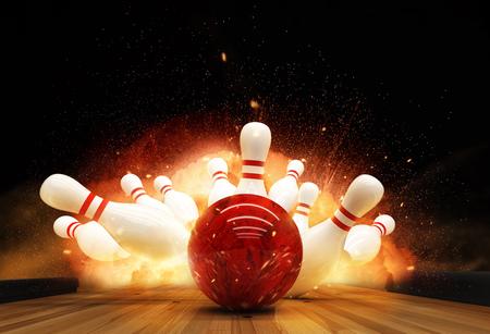 Bowling-Streik mit Feuerexplosion getroffen. Konzept für Erfolg und Gewinn.