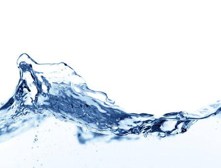 Salpicaduras de onda de agua aislado en blanco