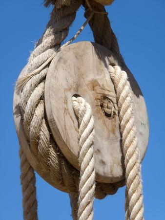 the pulley and the  rope photo