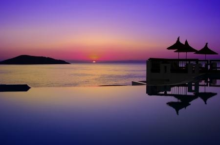 a swimming pool on Creta Standard-Bild