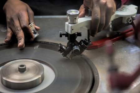 cutting: diamond cutting