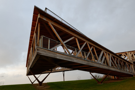 structure: wooden structure