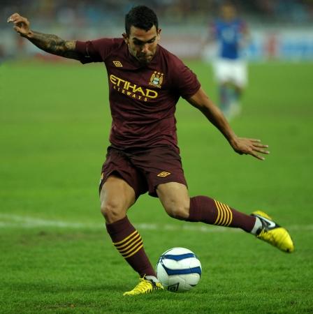 7 月 30 日 - クアラルンプール Carlos テーベス ボールを実行マレーシア国立競技場で、2012 年 7 月 30 日のクアラルンプール マンチェスターシティ フレ