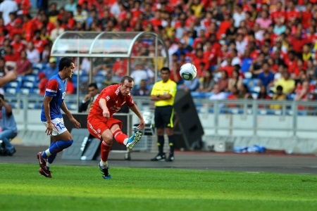 KUALA LUMPUR - JULY 16 : Liverpool player Charlie Adam during a friendly match against Malaysia on July 16, 2011 in Kuala Lumpur, Malaysia. Liverpool won 6-3.