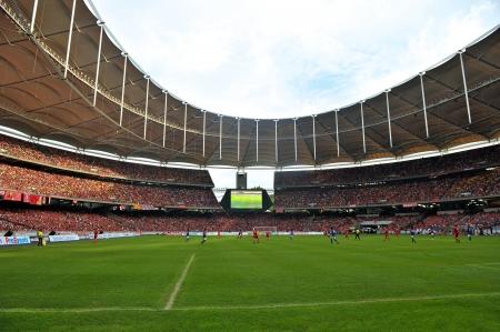 クアラルンプール - 7 月 16 日: 2011 年 7 月 16 日にクアラルンプール、マレーシアでマレーシアとの親善試合中に観客。リバプールは 6-3 を獲得しまし 報道画像