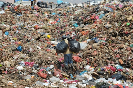 landfill worker do their works