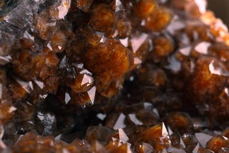 sphalerite: Quartz with iron oxide on hematite.