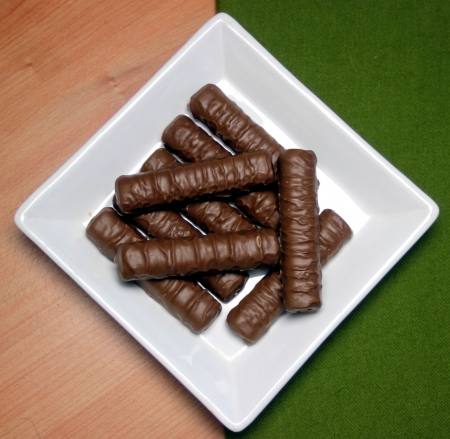 Ceramic plate with chocolate fingers