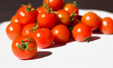 domates: Ripe tomatoes on the white background Stock Photo