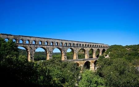 Pont du Gard - Roman aqueduct in southern France near Nimes Imagens