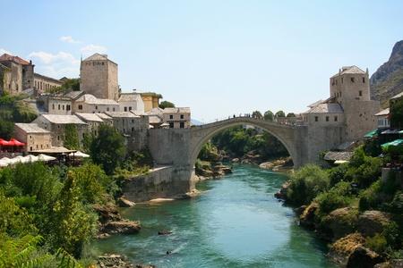 古い橋でモスタル、ボスニア ・ ヘルツェゴビナ 写真素材